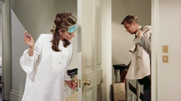 Audrey-Hepburns-style-in-Breakfast-at-Tiffanys-4-e1377583052558_2048x2048