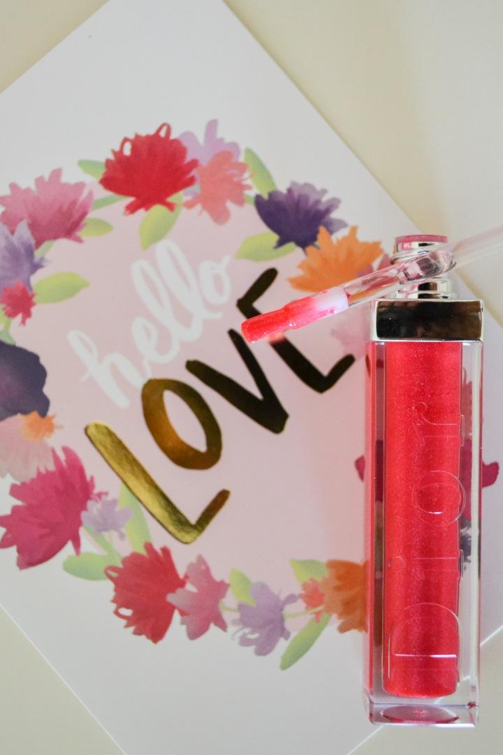 Valentine Kisses WithDior